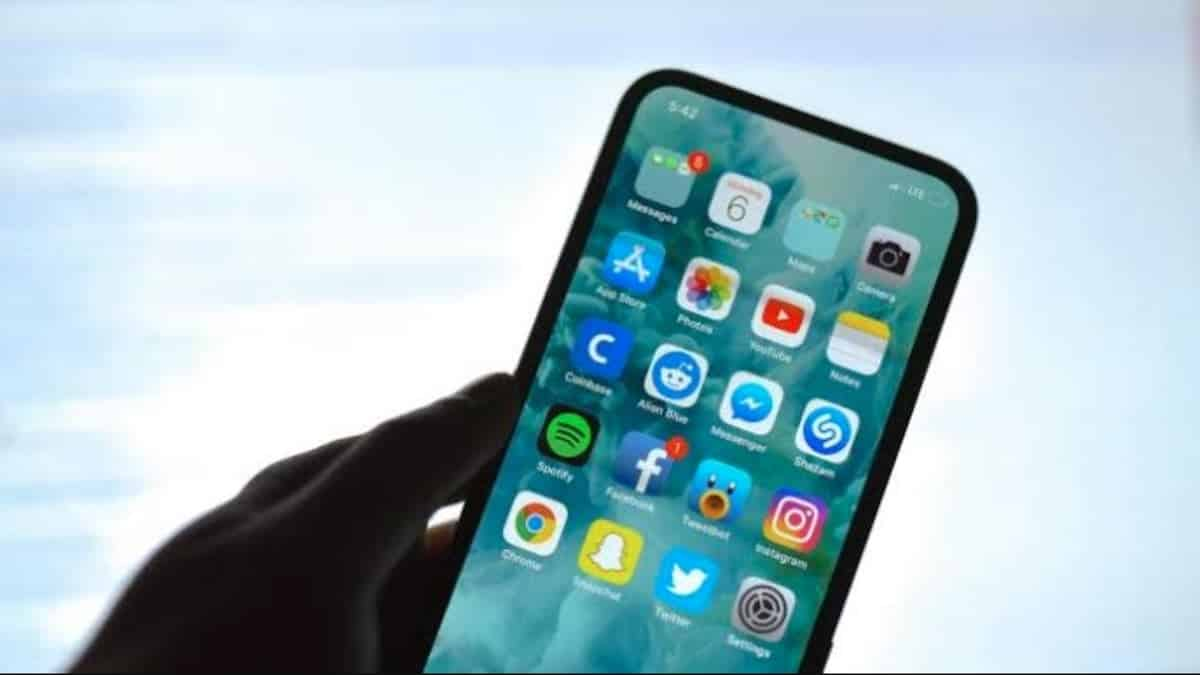 iphone_without_notch_2020